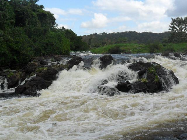 Corredeira do Carrossel, no rio de Contas - a primeira do rafting em Taboquinhas. Quando fomos estava mais vazia. Foto: http://deltarafting.blogspot.com.br.