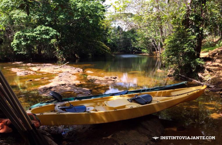 Dentro da Reserva do Tijuípe há passeios de caiaque por R$ 5, por pessoa.
