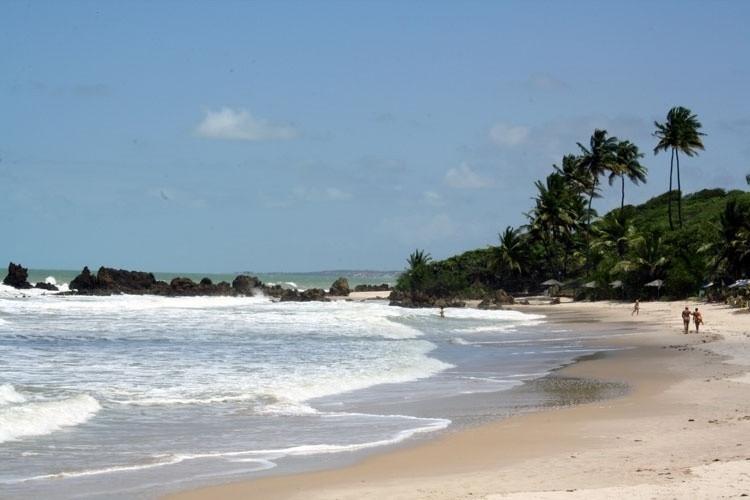 Praia de Tambaba, Conde, Paraíba - Uma das praias naturistas mais famosas do Brasil. Foto: pousadatambabanaturista.com.br.
