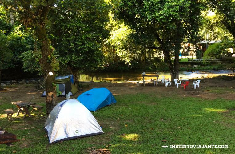 Camping da Tia Elza, em Aldeia Velha - ótimo custo-benefício, principalmente em épocas vazias.