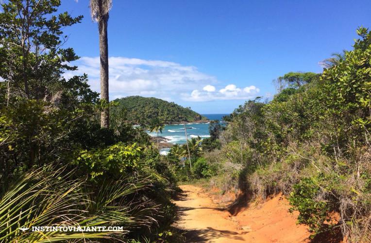 Subida no começo da trilha Camboa > Itacarezinho.
