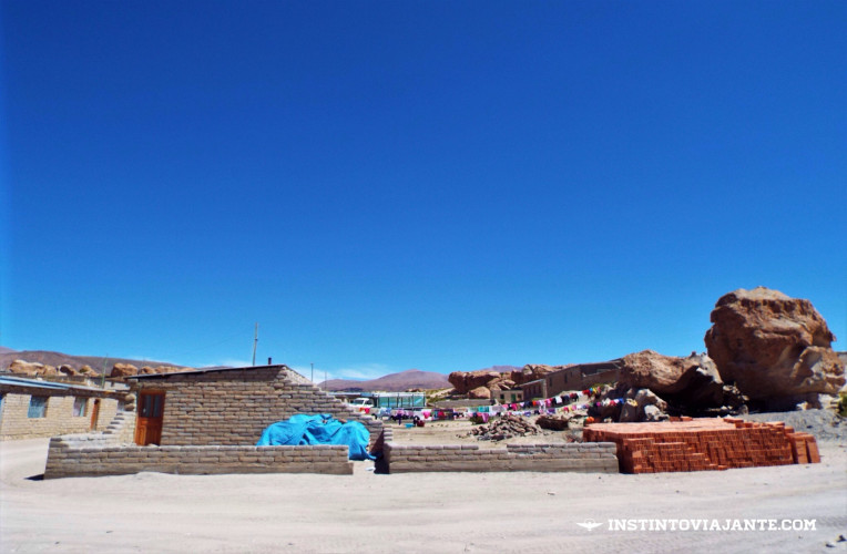 Povoado de Villa Mar, em Uyuni, Bolívia | Dia 3 no Deserto de Sal