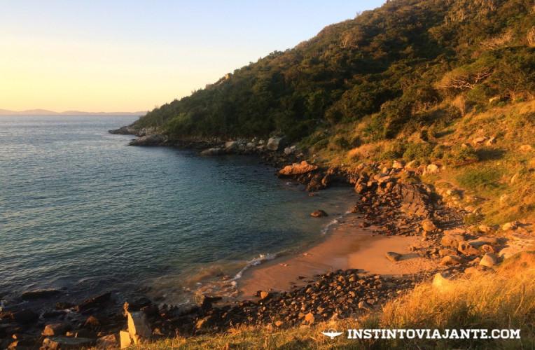 Fim de tarde na praia da Graçainha, em Arraial do Cabo.