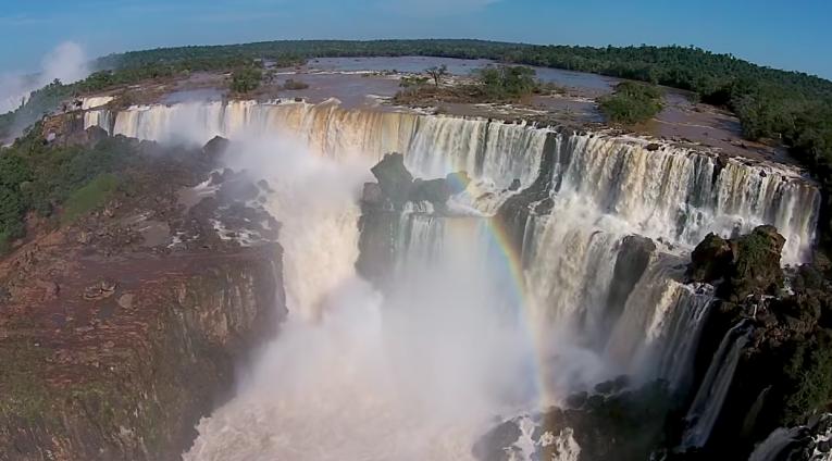 cataratas do iguaçu foto aerea drone