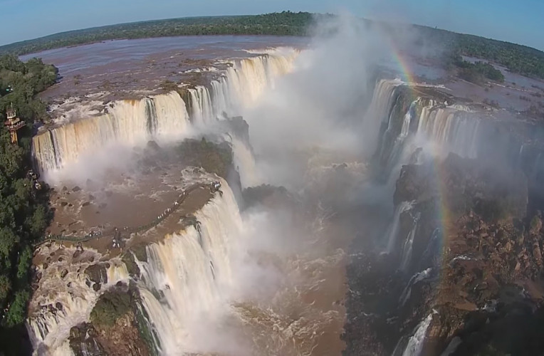cataratas brasileiras vistas por drone