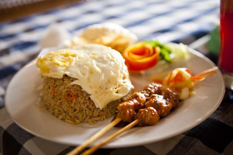 Nasi Goreng - Prato tipico de Bali, Indonésia