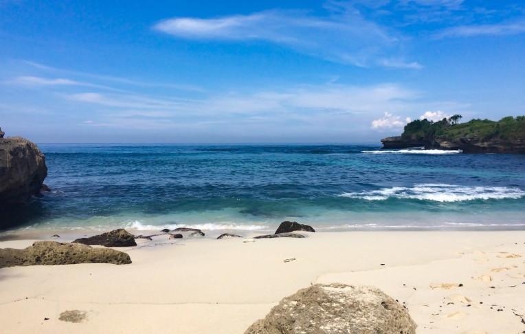 Praia na Ilha de Nusa Lembongan Indonesia Asia