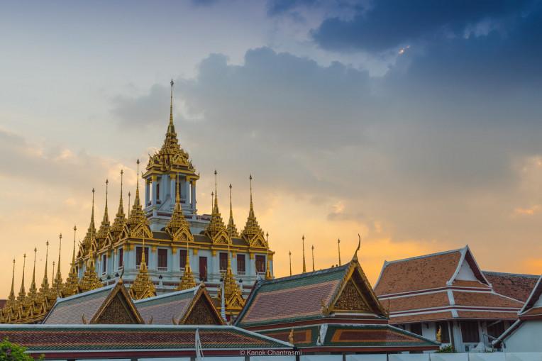 Wat Ratchanatdaram Woravihara (Loha Prasat) - Templos em Bangkok