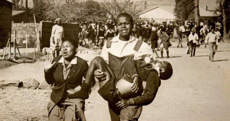 Conexão em Joanesburgo - foto icônica Levante de Soweto