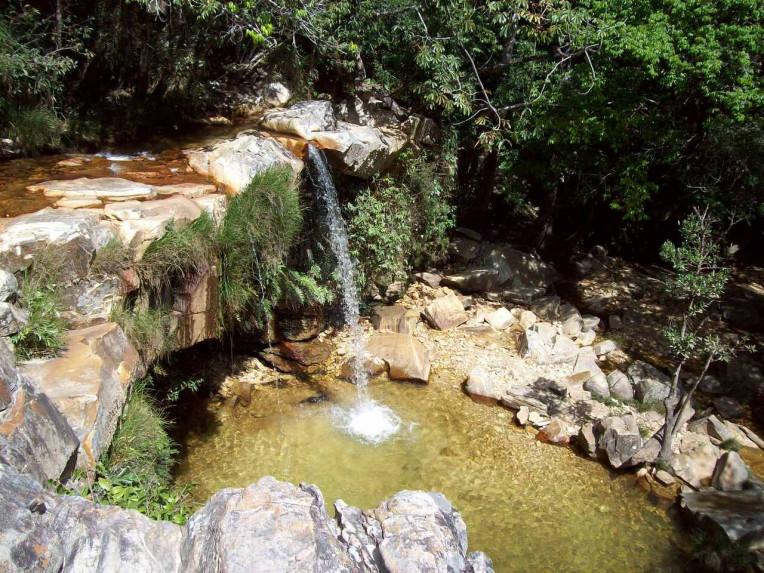 Camping em Minas Gerais - Cachoeira Vale das Borboletas - São Tomé das Letras