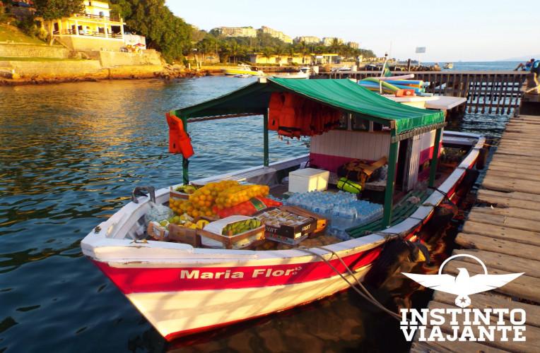 Barco Maria Flor, do Rodrigo, que me deu carona até Abraão, Ilha Grande/RJ