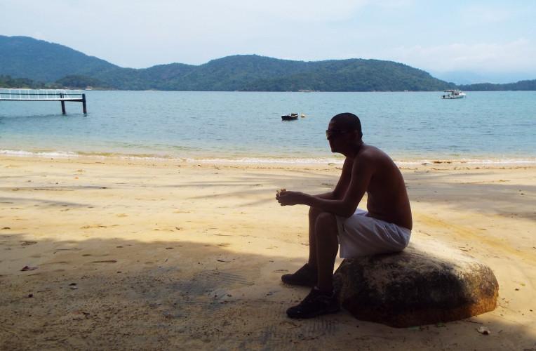 Pausa pro lanche na Praia da Camiranga, Ilha Grande/RJ