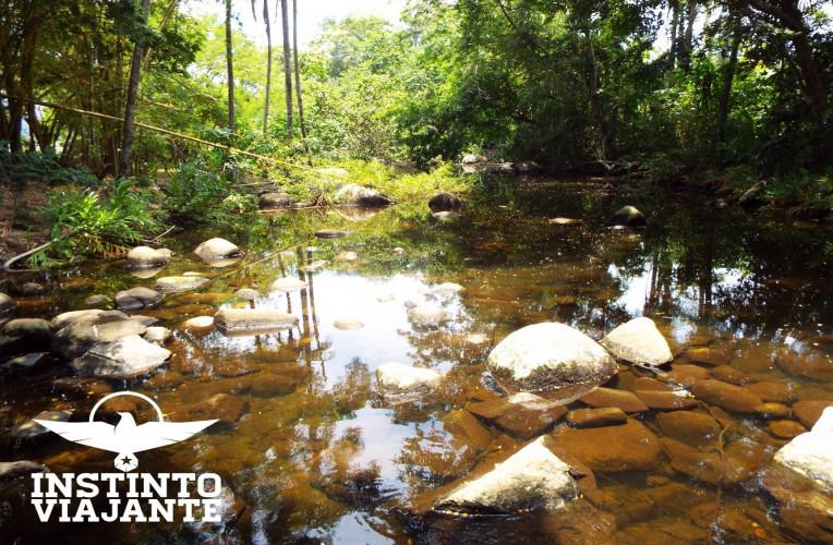 Cachoeira na trilha para o Saco do Céu, onde desviei para reabastecer minha água